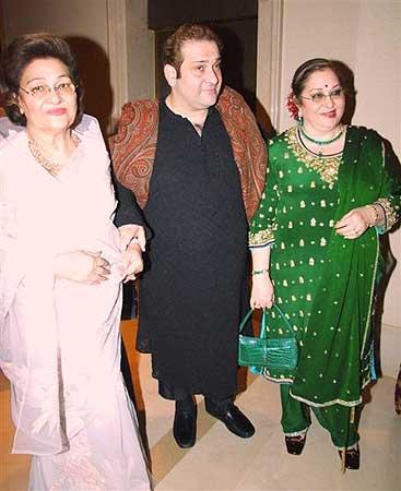Krishna Kapoor, Rajeev Kapoor and Rima Kapoor