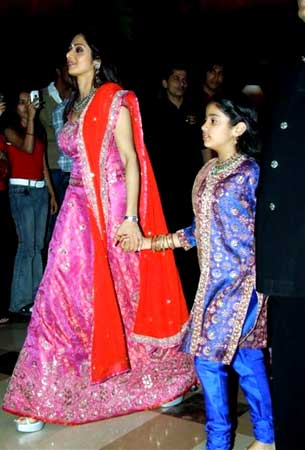Sridevi with daughter Jahanvi