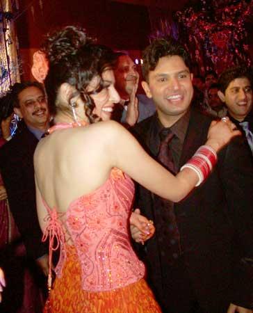 Dance with me: Divya and Bhushan