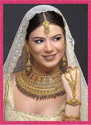 اكسسوارات هندية روعة danglers-bridal-1.jpg