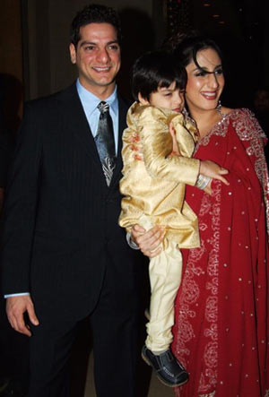 DJ Aqeel with wife Faraah Khan and son Azaan