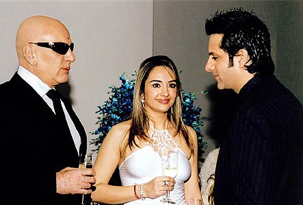 Fardeen with Dad Feroze Khan and Natasha
