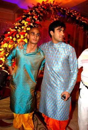 Pratik And Arya Babbar Son Of Late Actress Smita Patil Raj