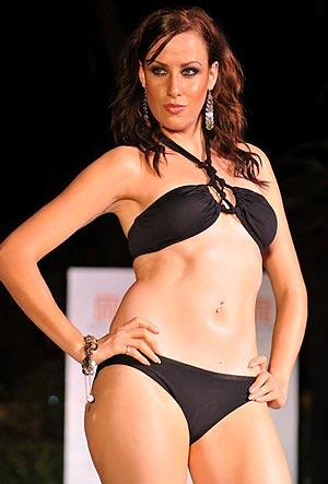 Indian bikini fashion show 2008 64